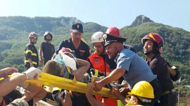 Boy rescued from collapsed building in Ischia on 22 August 2017