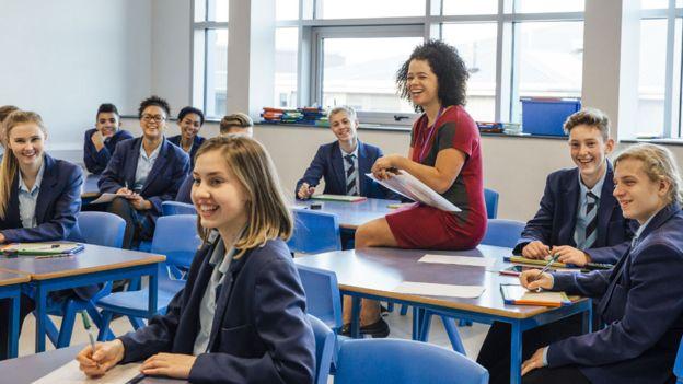 Aula con alumnos europeos.