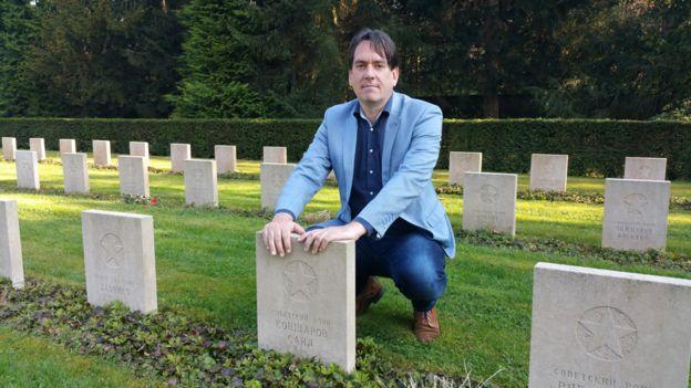 Ремко Рейдинг на кладбище