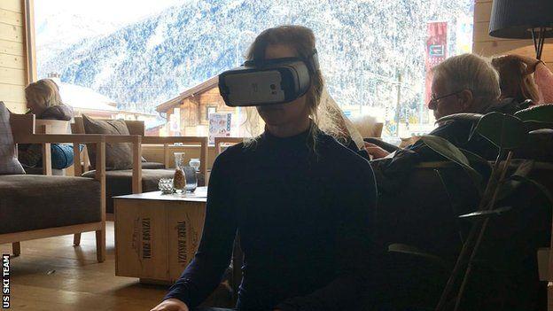 Laurenne Ross usando realidad virtual (Foto: US Ski & Snowboard)