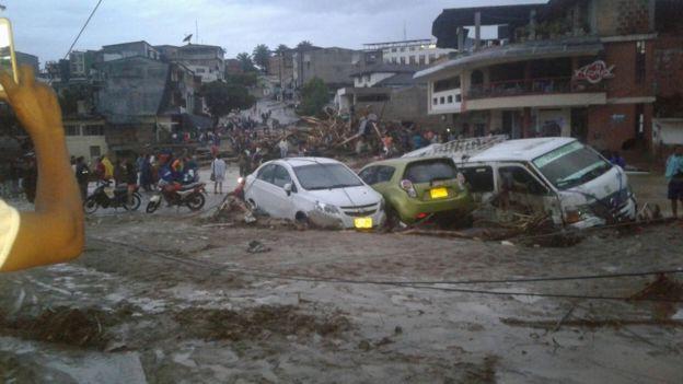 Grandes eventos atmosféricos y desastres naturales - Página 2 _95421891_2017-04-01-photo-00001415