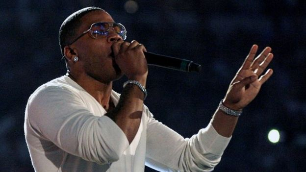Singer Nelly performs before the 12 round WBC World Super Welterweight title boxing fight between Manny Pacquiao of the Philippines and Antonio Margarito of Mexico in Arlington, Texas (13 November 2010)