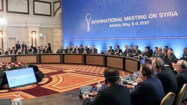 Astana görüşmelerine katılan heyetler