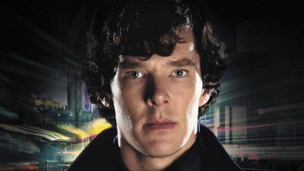 Benedict Cumberbatch interpreta Sherlock Holmes na TV