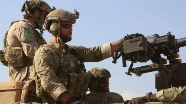 Şimali Suriyada YPG ilə birgə əməliyyatda iştirak edən ABŞ xüsusi qüvvələri (25 may 2016)