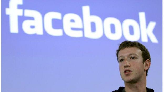 Zuckerberg, CEO do Facebook: Rede social vai duplicar número de revisores de conteúdo após ter sido canal de notícias falsas nas eleições dos EUA