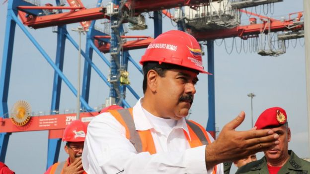 Nicoláss Maduro en la Guaira.