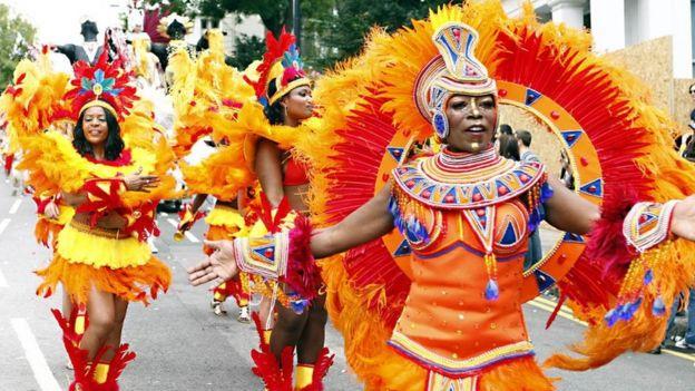 伦敦每年的诺丁山狂欢节就是加勒比海地区移民带来的文化影响。