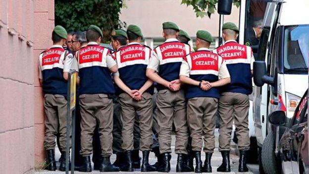TIR'ların dudurulmasıyla ilgili davada bugüne kadar savcı, asker ve polislerden tutuklananlar oldu.