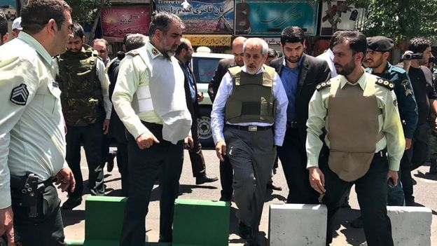دادستان تهران در محل تیراندازی در مجلس ایران