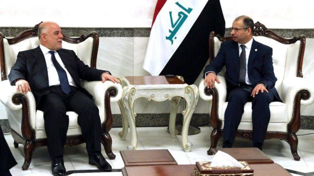 Iraqi Prime Minister Haider Al-Abadi (L) meets Parliament Speaker Saleem al-Jubouri (R) at the Iraqi parliament building in Baghdad, Iraq (27 September 2017)