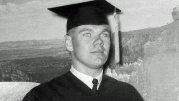 John Corcoran en su graduación