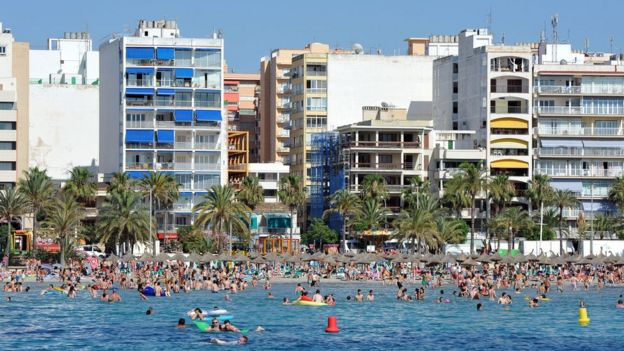 Spain's Palma To Ban Holiday Rentals After Residents' Complaints