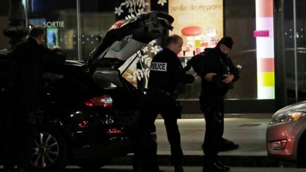 法國警察封鎖巴黎第二區