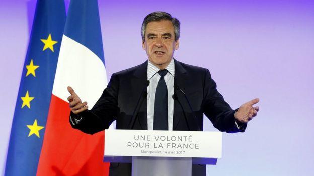 Federación musulmana francesa llama a votar por Emmanuel Macron