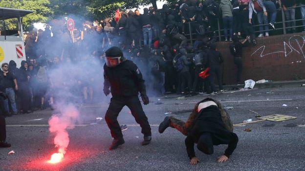 Enfrentamientos con la policía en Hamburgo