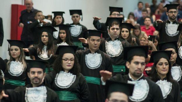 Colação de grau de formandos em Medicina no Ceará