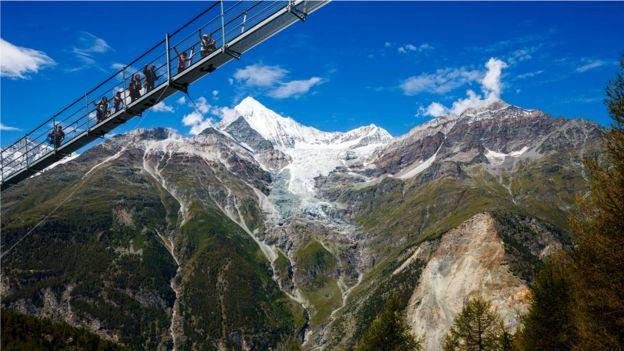 Zermatt'taki köprü