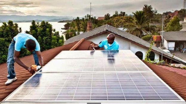 احتضنت رواندا مشروعا رائدا للطاقة _98405542_0807da78-0f1b-4268-9909-5d9ee389172d.jpg