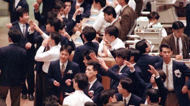 Corretores da Bolsa de Tóquio em 1992