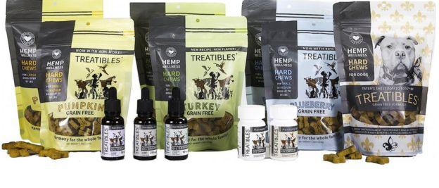 Foto mostrando a variedade de produtos da marca Treatibles