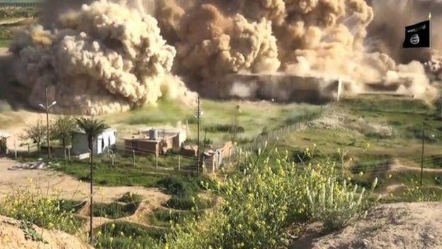 IŞİD Nisan 2015'te Nemrut'taki tarihi eserleri havaya uçurduğu bir videoyu paylaşmıştı.