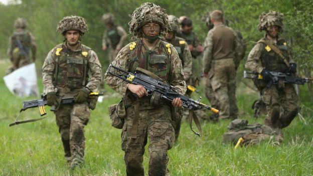 Lính NATO tập trận