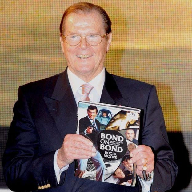 Aliendelea kujihusisha na James Bond hata baada ya kustaafu