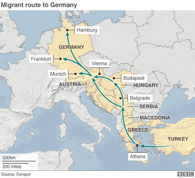 Migrant Crisis Hungary Migrants Start Walk To Border BBC News - Germany map east west borders