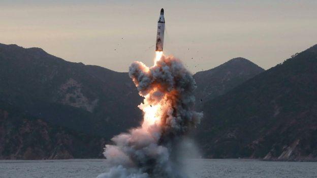 Foto sem data da Agência de Notícias Norte-coreana, a agência estatal, mostra um