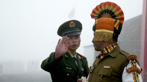 solados de india y china