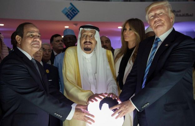 US President Donald Trump with wife Melania, and Saudi Arabia's King Salman (centre) and Egyptian President al-Sisi (left) in Riyadh in May