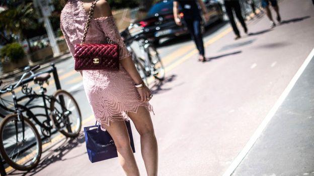 حقيبة يد نسائية للعلامة التجارية