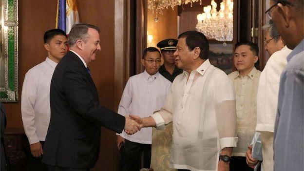 Liam Fox meets President Rodrigo Duterte