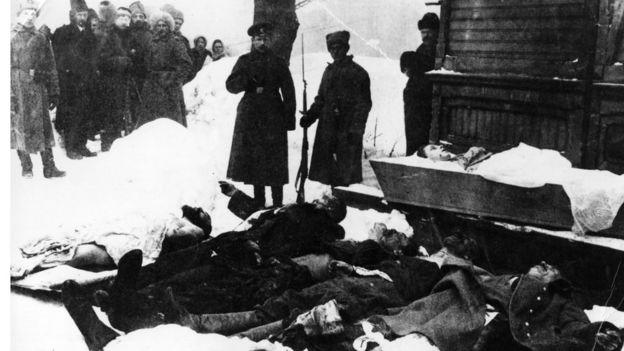 трупы на улицах Петрограда