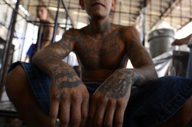 Miembro de la Mara Salvatrucha en el penal de Ciudad Barrios, San Miguel, El Salvador.