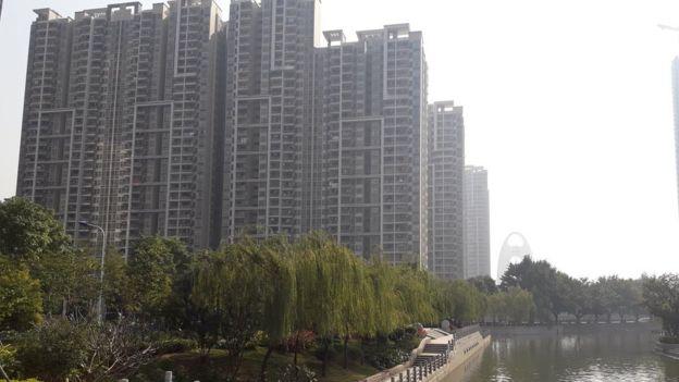 Khu tái định cư nằm bên cạnh công viên