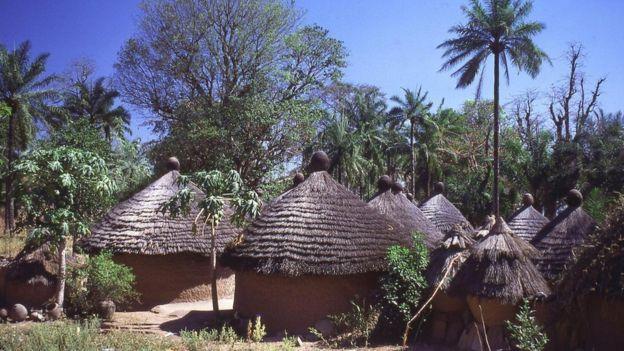 Aldea en África.