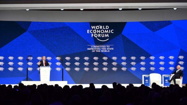 Trump hablando en el Foro Económico Mundial.