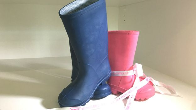 botas hechas de chicle