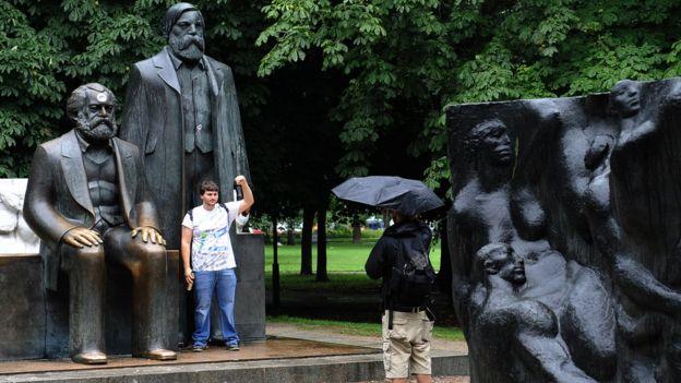 Marx và Engels