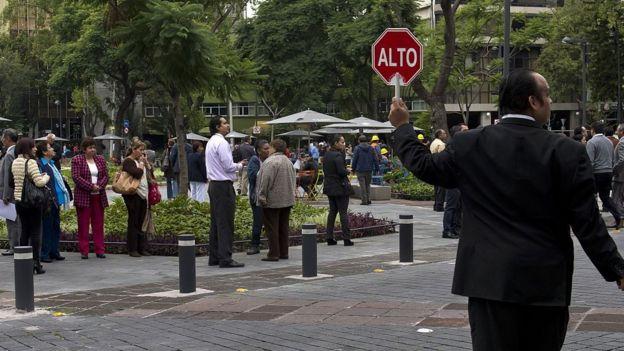Evacuación en la Ciudad de México por terremoto en Veracruz, 30 de septiembre de 2015