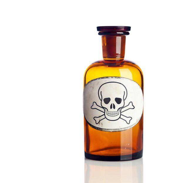 botella de veneno