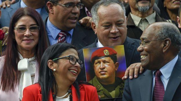 Delcy Rodríguez, CIlia Flores, Diosdado Cabello y Aristóbulo Istúriz.