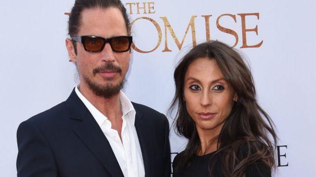 Chris Cornell eşi Vicky Karayiannis ile...