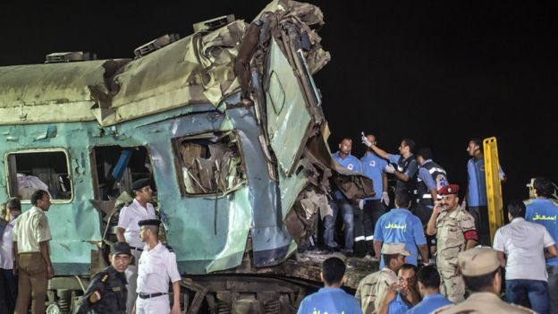 حادث تصادم قطارين مروع في الإسكندرية