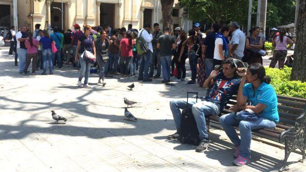 Plaza en Cúcuta, Colombia. (Foto: Boris Miranda)