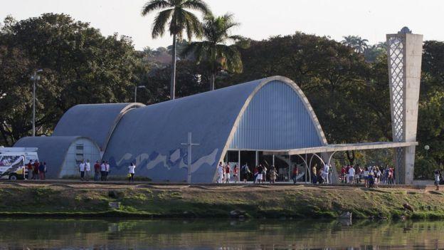 Iglesia de San Francisco de Asís en el complejo de Pampulha en Belo Horizonte, Brasil