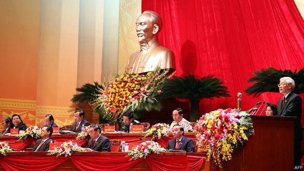 Đại hội Đảng 12 chứng kiến thay đổi hàng ngũ lãnh đạo cấp cao.