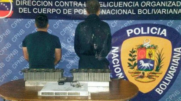 Noticias y  Generalidades - Página 22 _97849823_minerosdetenidospnbencarabobo